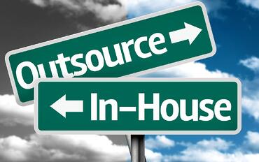 In-House-vs-Outsourced-IT-Staffing